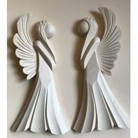 Drevorezba vo forme anjelov
