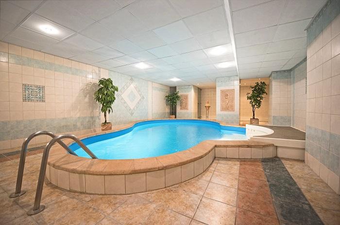 Murovany bazen v hoteloch